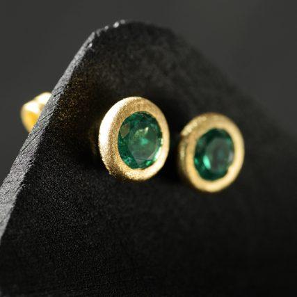 (15004) Ohrstecker Smaragd