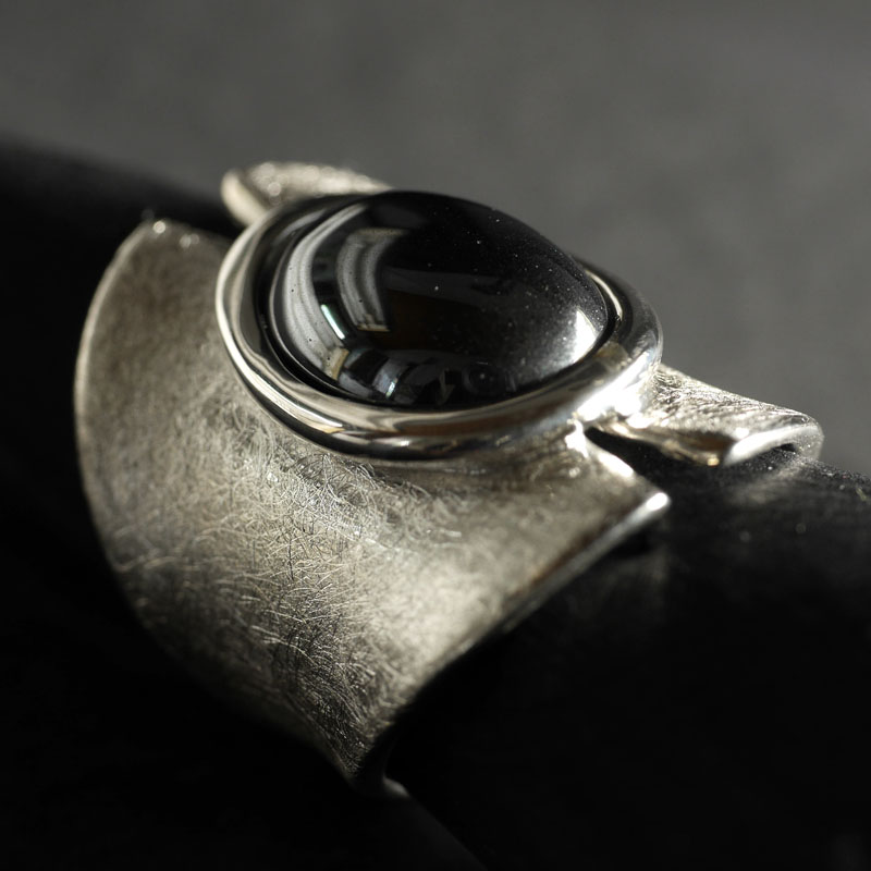 (16021) Silberring Juna mit Hämatit
