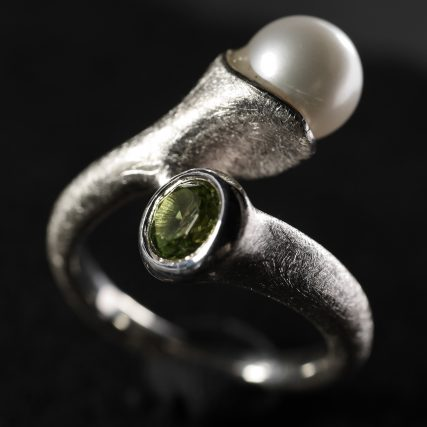 (16014) Silberring Looping Peridot